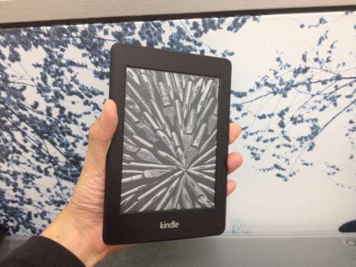 『kindle paperwhite 3G』の開封の儀を動画でダイジェスト